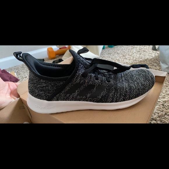 Adidas Cloudfoam Pure size 8. Never worn!